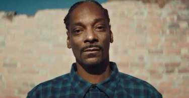 """Snoop Dogg diz que renasceu com a fé cristã e questiona: """"Por que estão me julgando?"""""""
