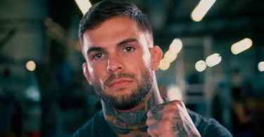 """Lutador do UFC revela como Cristo o salvou após tentativa de suicídio: """"Ele estava comigo"""""""