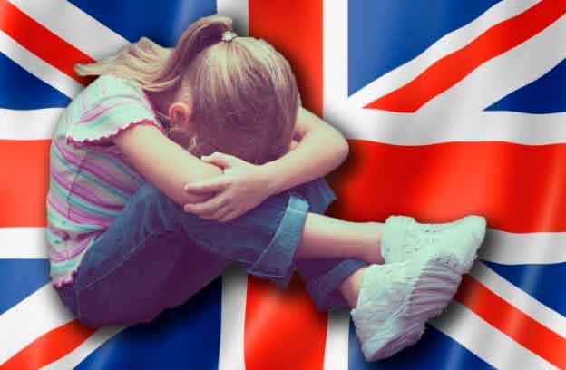 Cinco muçulmanos e outros são acusados de abusar sexualmente de meninas de até 12 anos em Huddersfield, Reino Unido