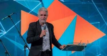 """Claudio Duarte pede posicionamento a pastores: """"Não negocie o Evangelho"""""""