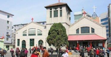 Partido comunista quer 'reeducar' pastores, enquanto fecha igrejas na China