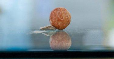Arqueólogos encontram pedra milenar usada pelos hebreus no Primeiro Templo