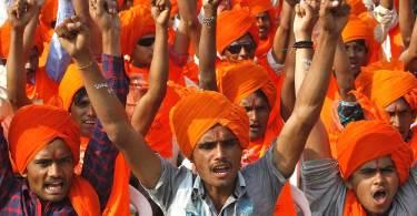 Mais de 300 extremistas hindus ameaçam espancar crianças em escola dominical