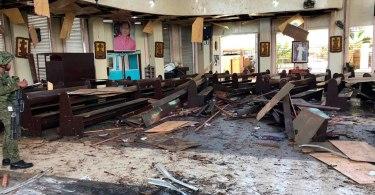 Ataque à igreja no sul das Filipinas deixa 20 mortos