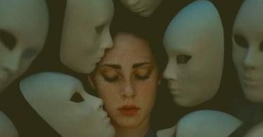 Cada máscara, uma personalidade diferente...