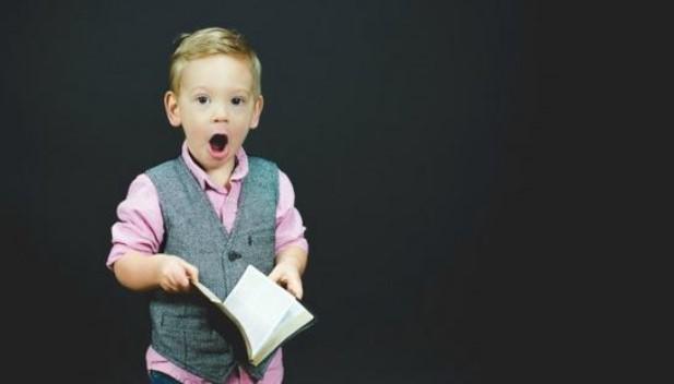"""Associação Americana de Psicologia: """"A masculinidade tradicional pode prejudicar meninos"""""""