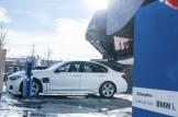 2017-BMW-330e-12