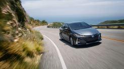 Toyota_Prius_Prime_Advanced_2017_2