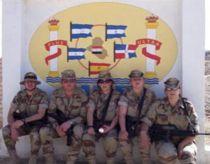 Soldados en ayuda humanitaria