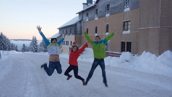 Debut-de-saison-pleine-neige-a-la-jumenterie---EJN02