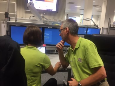 What helping to cover a #marslanding looks like