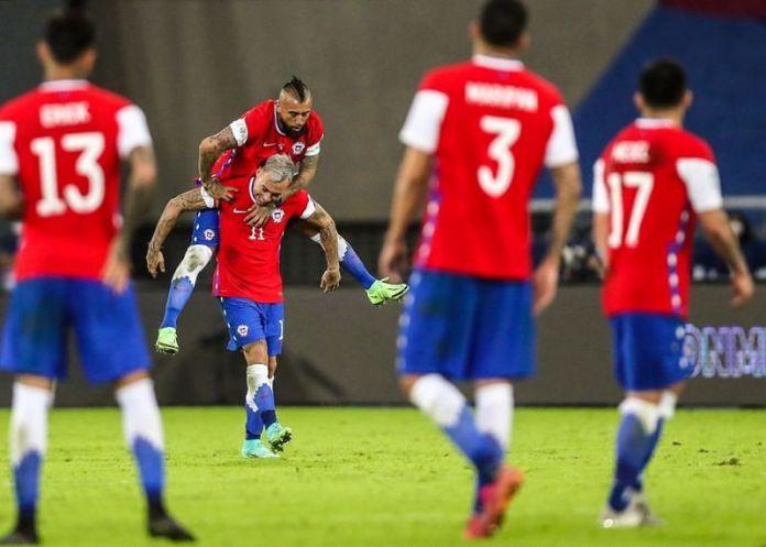Chile somehow stole a pojt off Argentina despite a below-par display