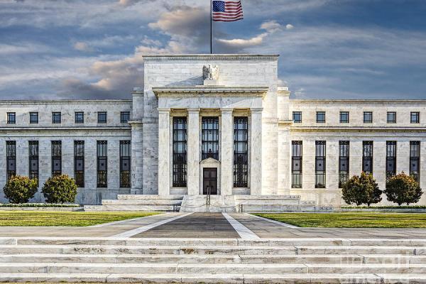 Il dilemma della Federal Reserve. Alzare i tassi, aspettare o tornare indietro?