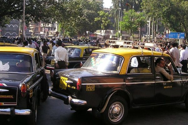 India, la borsa va ma l'economia zoppica