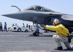 05ek rafale_photo_U.S. Navy photo by Mass Communication Specialist 3rd Class Jonathan Snyder