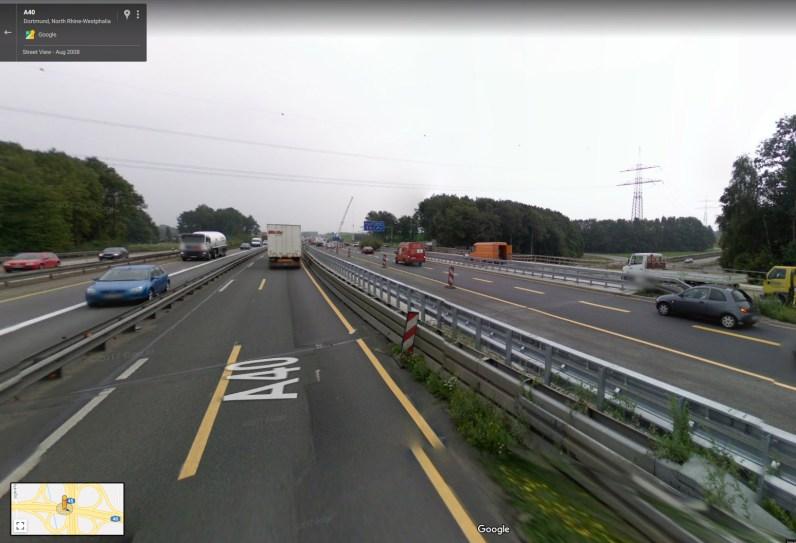 Vrlo prometni nadvožnjak, petlja u blizini Dortmunda - NITI JEDAN STUP RASVJETE!