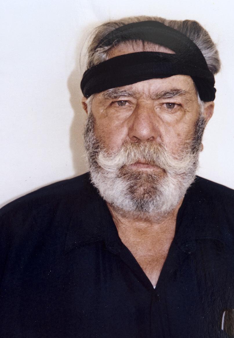 Απεικονίζεται ο Μανώλης Μπικάκης σε μεγαλύτερη ηλικία