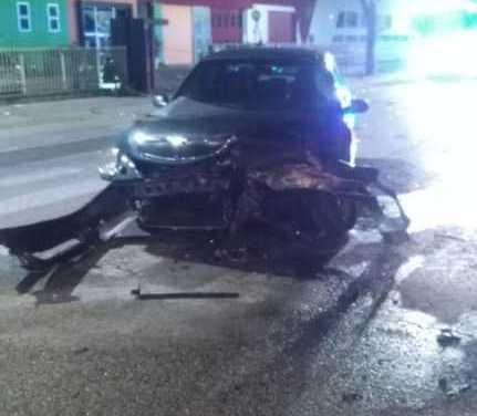 FOTO e VIDEO | Tortoreto, incidente tra due auto: muore una donna di 48 anni