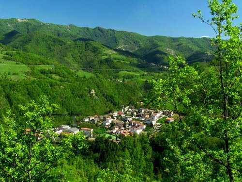 Valle Castellana, l'amministrazione pronta ad aprire un tavolo di confronto con il comitato e indire il referendum per il passaggio dall'Abruzzo alle Marche