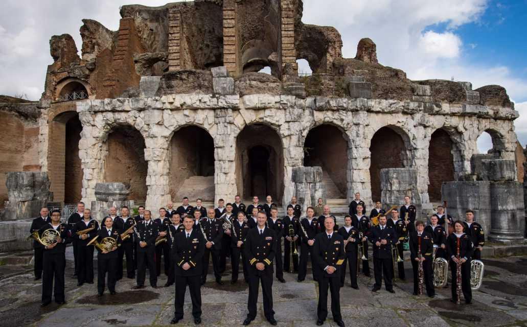 """Quarta giornata di Bande e Majorettes: a Giulianova bande in parata e concerto della """"U.S. Naval Forces Europe"""""""