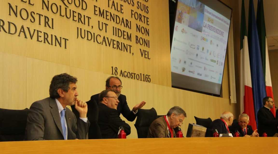 FOTO | Al via il 2° Forum Internazionale del Gran Sasso con il messaggio di Papa Francesco e il conferimento della medaglia del Presidente della Repubblica