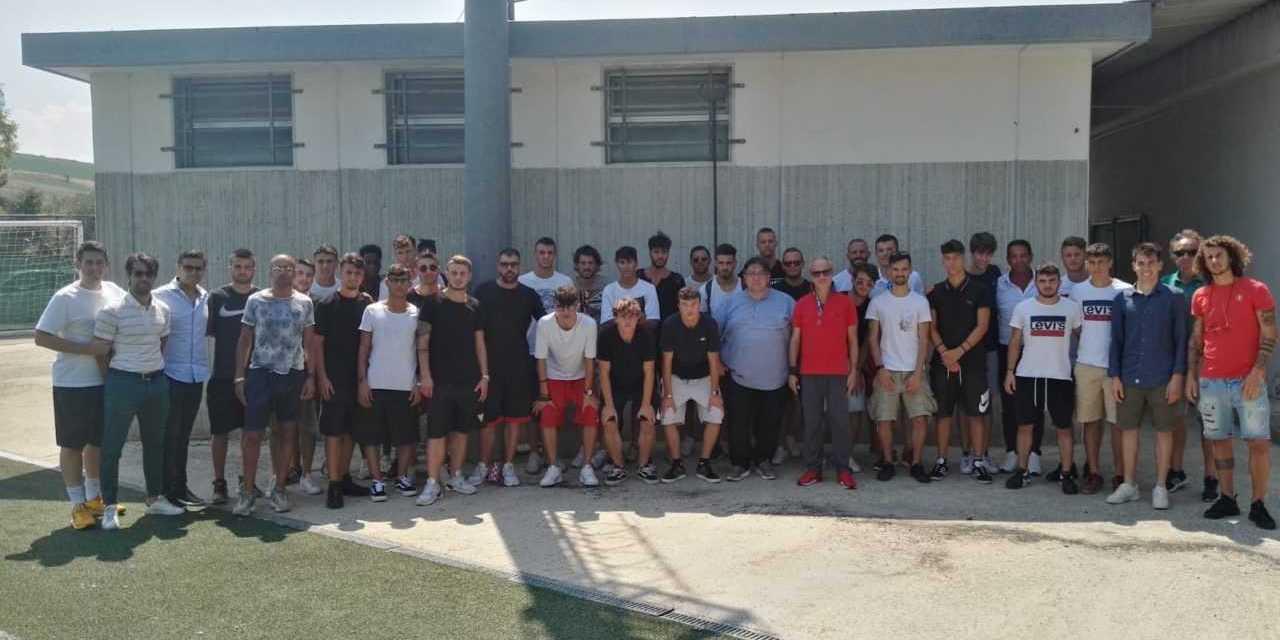 Calcio D, si è radunato il S.N. Notaresco: già raggiunta la sede di Castel del Monte