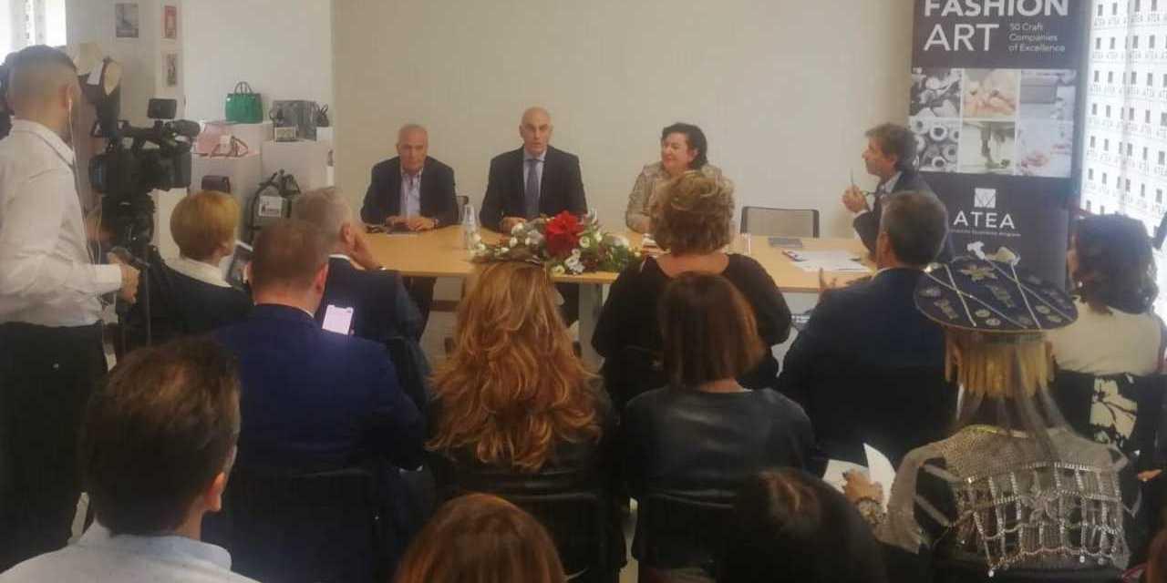 Moda, nasce ad Alba Adriatica la Nuova Accademia di Moda Italiana per il Sud nel settore pelletteria
