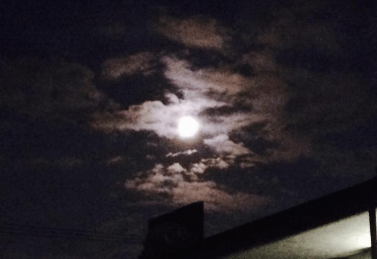 赤い月の満月(スーパームーン)! 〜次回は来年11月
