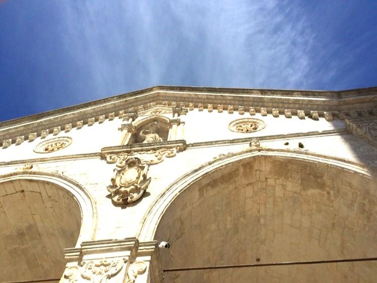 【ヒーラーよしこが巡る世界のパワー・スポット】大天使ミカエルが宿る山 イタリア モンテ・サンタンジェロの奇跡