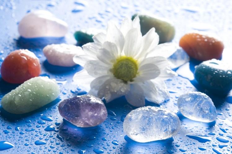 占い師リルの愛され自己啓発~石から学ぶ「美しさ」の持つ意味