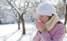 寒い時期、<br>健康と美容を守るポイントは肩甲骨だった!