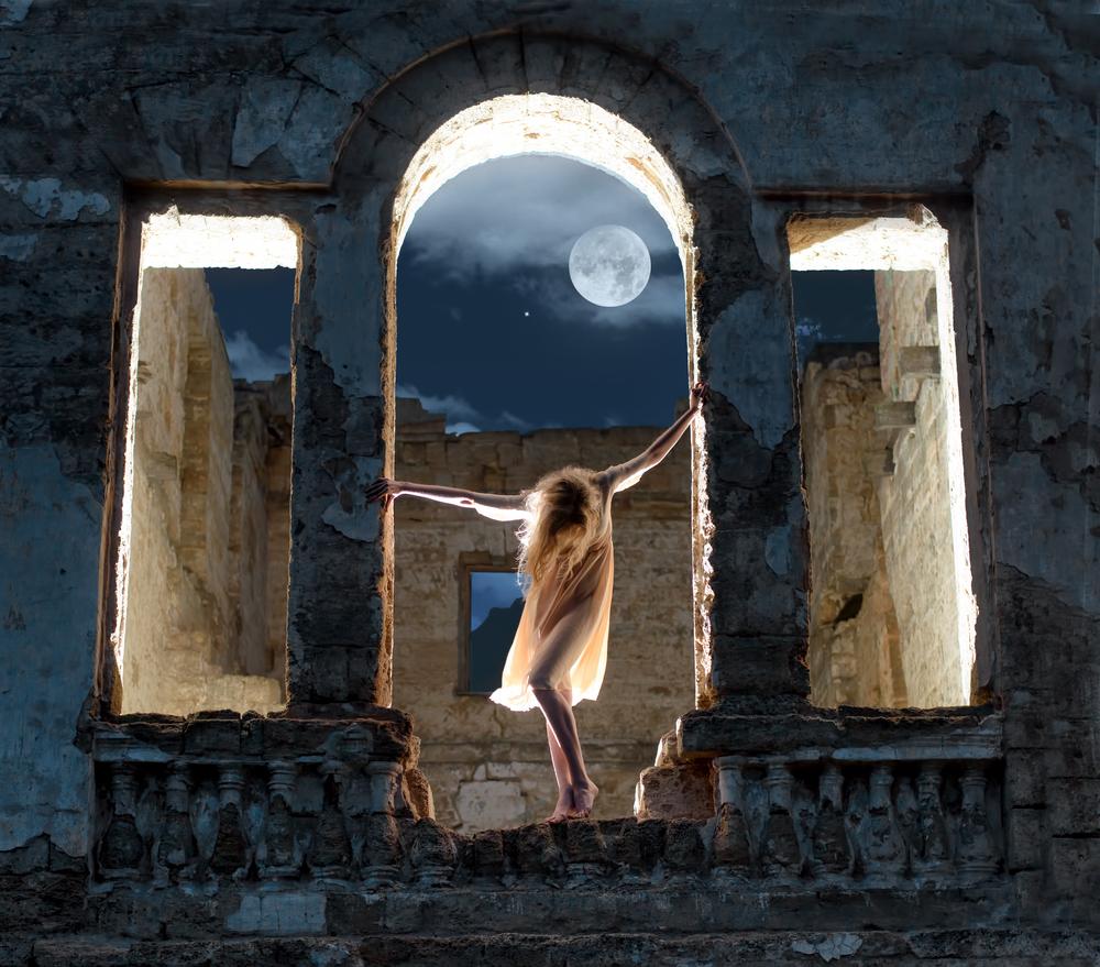 新しい年に入って一息ついた途端の水星逆行。<br>2016年最初の満月は水星逆行中にやってくる!