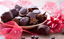 バレンタインにチョコレート!-ど~うしてこの時期チョコレート?