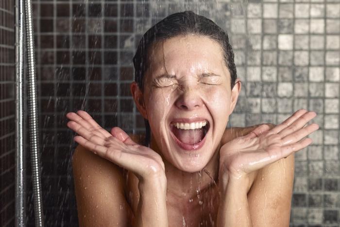 夏ばて解消、気分スッキリで免疫向上、肌も綺麗になる温冷浴。始めるのは今がチャンスです!