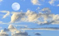 《2016年10月16日(日)13時23分はおひつじ座の満月です。》