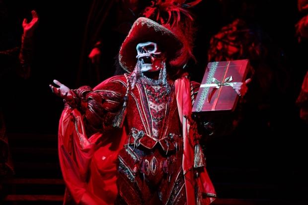 peste maquerade la muerte roja fantasma de la opera coronavirus