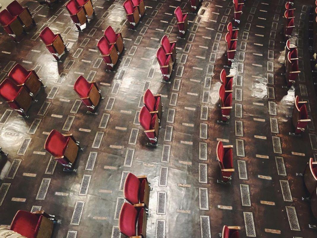Berliner Ensemble muestra cómo será su teatro tras el confinamiento