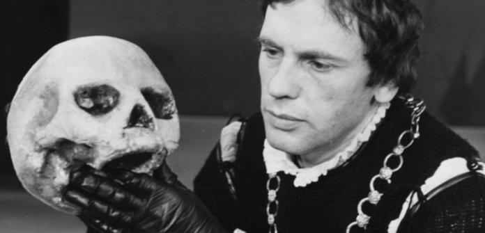 Jean-Louis Trintignant en Hamlet.