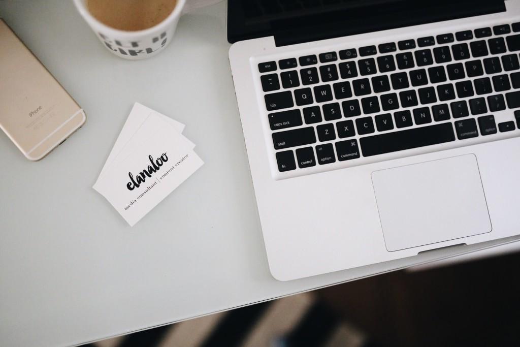 Five Tips for Dressing as a Creative Professional   elanaloo.com