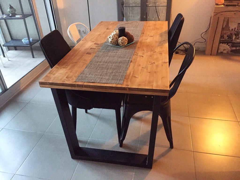 mesa industrial fabricada de forma artesanal a medida