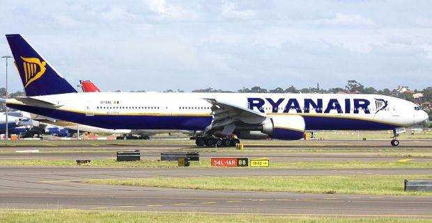 Simulación 777 de Ryanair. Fuente: cardatabase.net