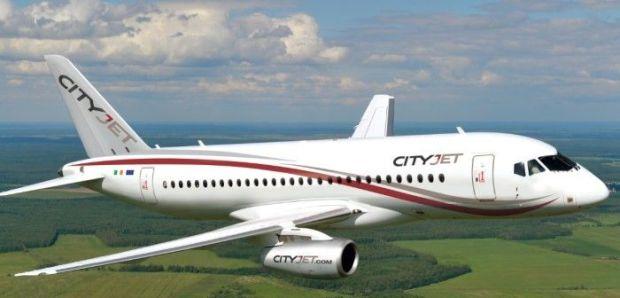 Sukhoi Superjet 100 vestido de CityJet