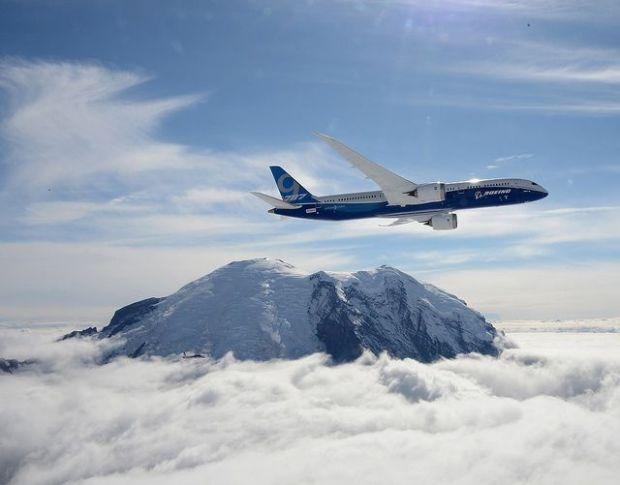 Boeing 787. Primer vuelo. Boeing