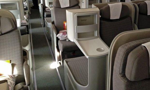 Lateral abierto en el asiento