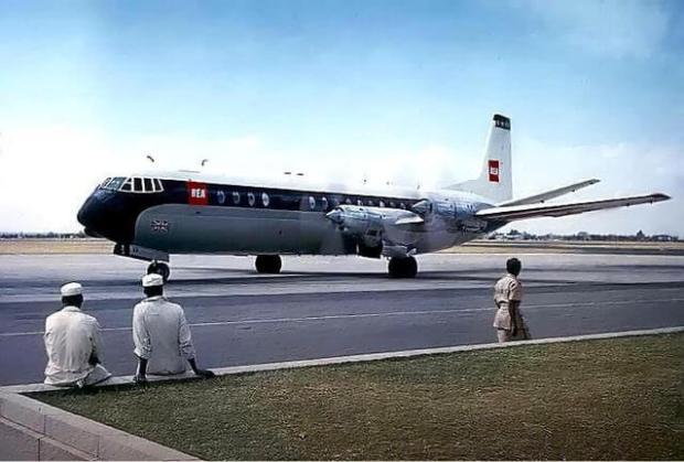 Precioso con sus cuatro motores encastrados en el ala. (Foto: Brian Robbins CC)