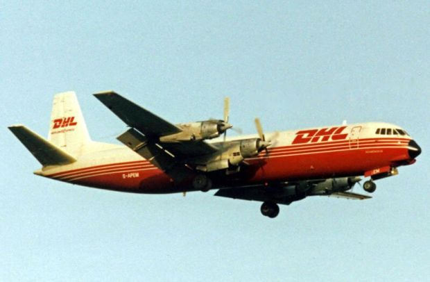 Merchantman en 1992 volando para DHL