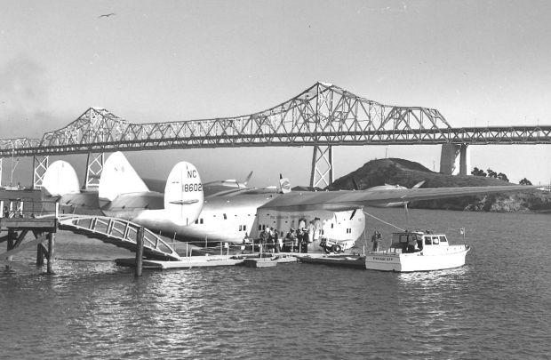 Pasajeros subiendo al Clipper en San Francisco en 1939 (Bill Larkins)