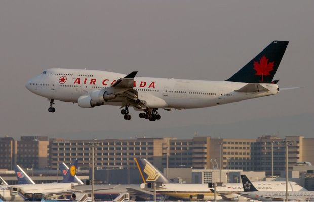Air Canada Old Livery