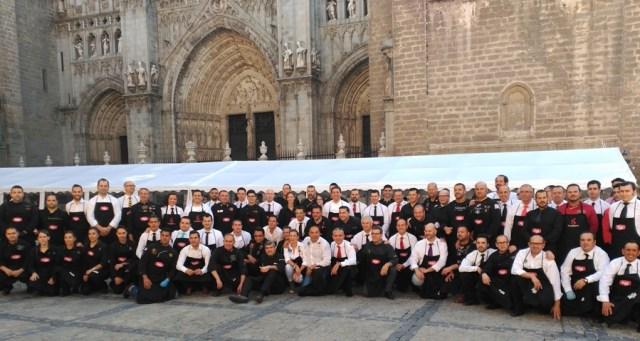 76 cortadores profesionales se reunieron en Toledo para batir el récord Guinness