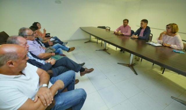 Reunión de alcaldes y portavoces del PSOE de municipios mineros en Fabero (León). / C. Sánchez
